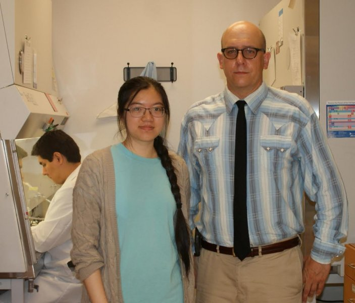 Yullee Lin, second-year veterinary student, and Dr. Thomas L. Cherpes, College of Medicine Departments of Microbial Infection and Immunity and Obstertrics and Gynecology